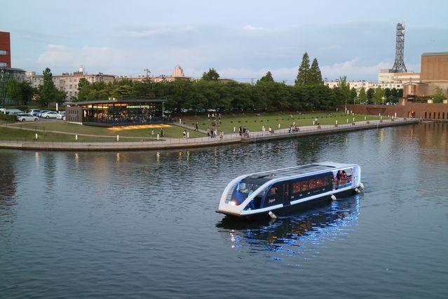 新艇「fugan」による園内周遊