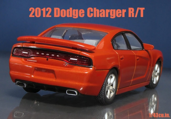 AH_12_Dodge_Charger_06.jpg