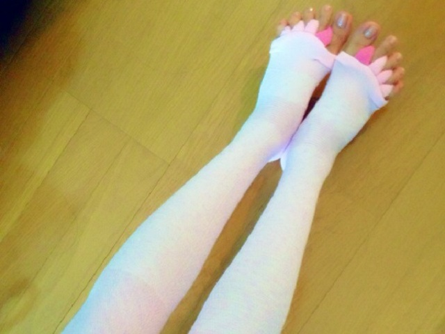 足首と足の指