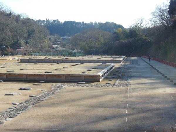 永福寺・復元基壇