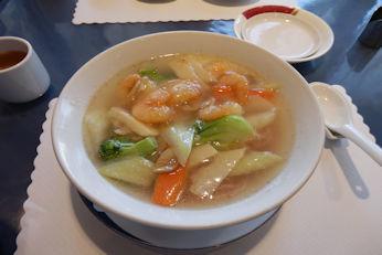 3/25 海老と桜麺の塩ラーメン   秦野北京館
