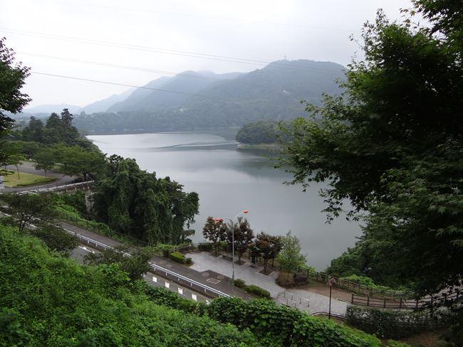a 津久井湖