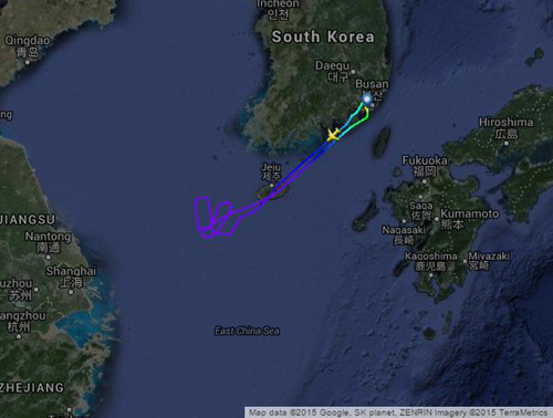 中国防空識別圏からラオス旅客機を追い出す