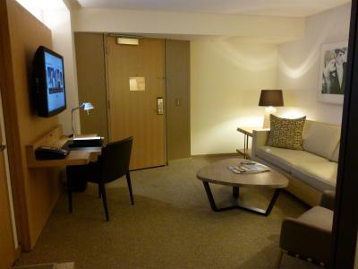ホテルリビングルーム2