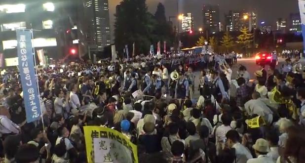 20150201官邸前デモ