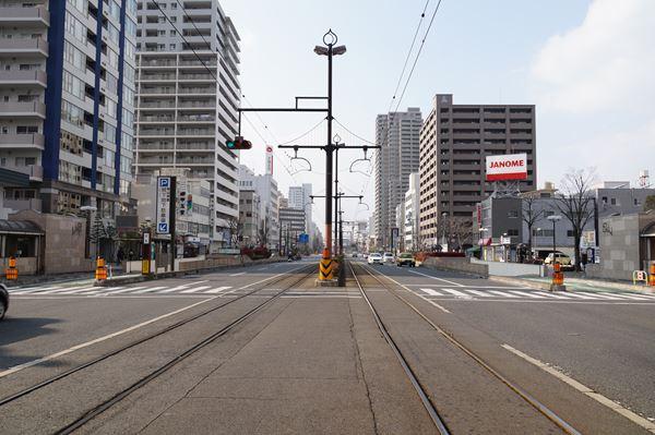 はるか先は岡山駅