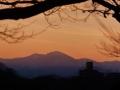 垣間見る西の山々