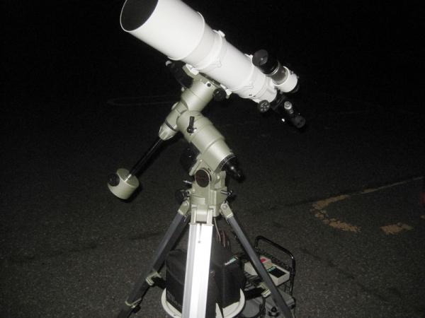 SE120の星像は×