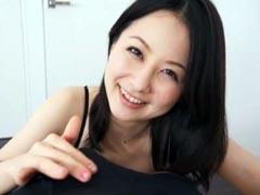 ねっとり舐めまわす奥様の淫語フェラ 岩佐あゆみ
