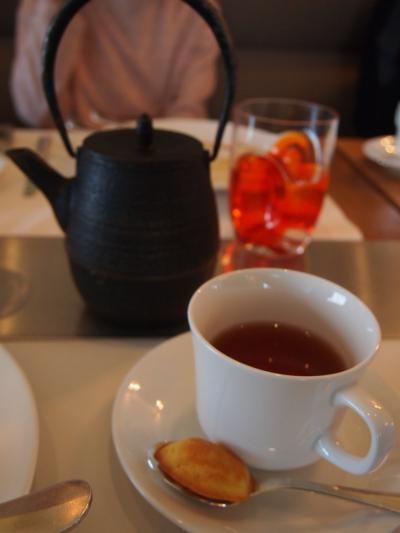 お茶(ブノア)
