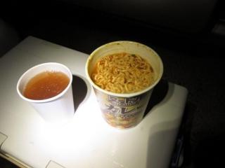 カップ麺と生姜湯