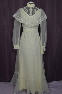 ヴィンテージロングスリーブウェディングドレス