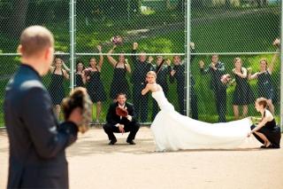 結婚式写真ポーズ_ユニーク_おちゃめ_野球