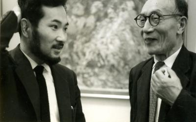 針生一郎と木田金次郎(1962東京個展)