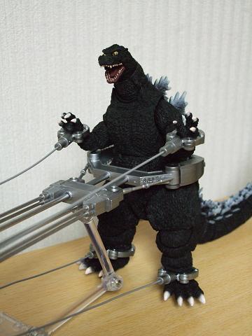 『ゴジラ』のフィギュア~S.H.MonsterArts 「メカキングギドラ」(7)