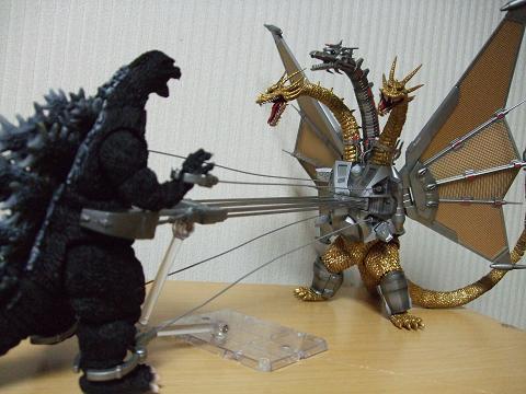 『ゴジラ』のフィギュア~S.H.MonsterArts 「メカキングギドラ」(5)