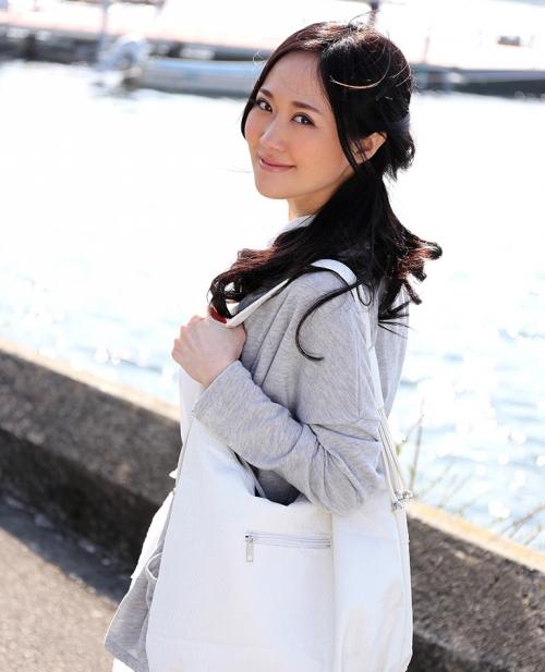 菅野さゆき Jカップ AV女優 02