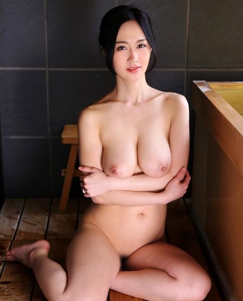 菅野さゆき Jカップ AV女優 11