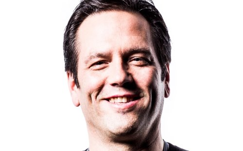 phil-spencer-obliterating-distinction-between-xbox-pc-gamescom-interview-2015.jpg