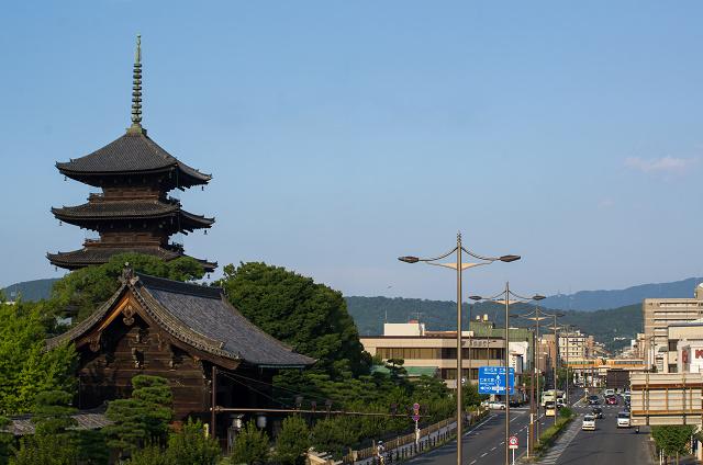 Kintetsu22000-1s.jpg