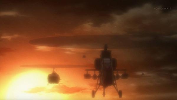 6 攻撃ヘリ 編隊 朝日を背に