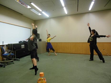 踊り稽古A
