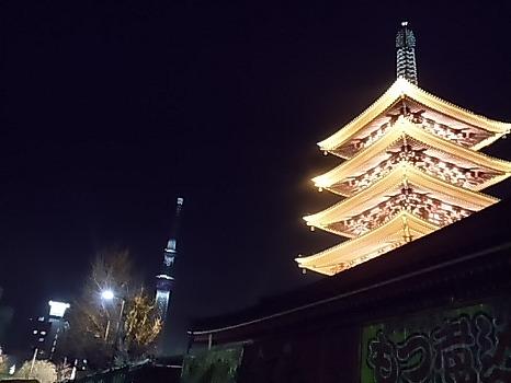 浅草浅草寺からの夜景