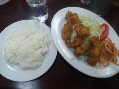 141208とんちゃんカキフライ定食600円