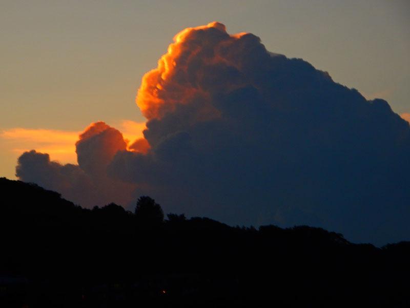 150805k雲の中の雷光2