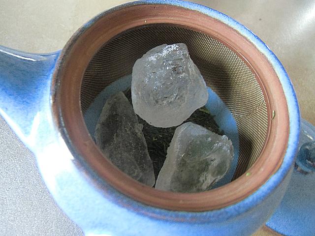 煎茶の氷だし