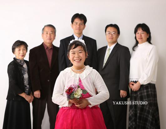 1501311743二分の一成人式ドレス 家族写真