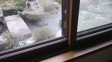 事務所内窓1