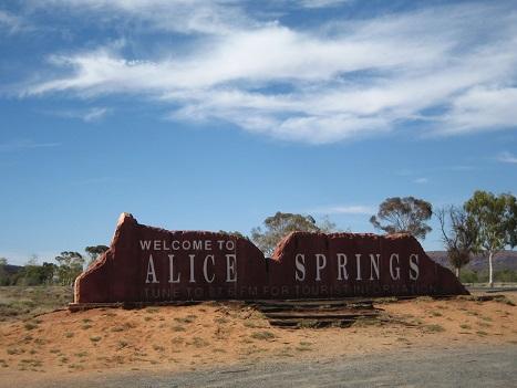 Alice Springs (2)