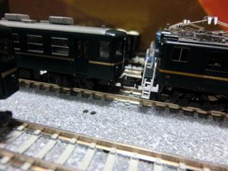 デキ200グリーンとパレオエクスプレス12系客車