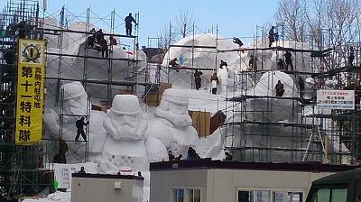 雪祭り準備スターウォーズ