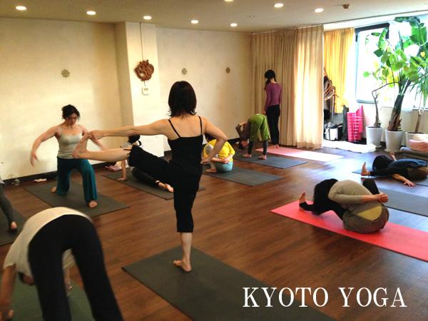 1月ヨウコ先生のアシュタンガヨガ・ハタヨガ&瞑想 特別6daysレポート 京都ヨガ