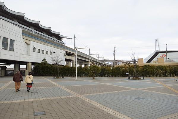 Linear-Tetsudo-02.jpg