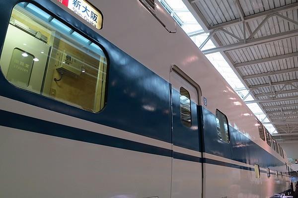 Linear-Tetsudo-37.jpg