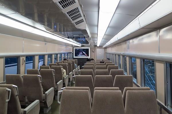 Linear-Tetsudo-53.jpg