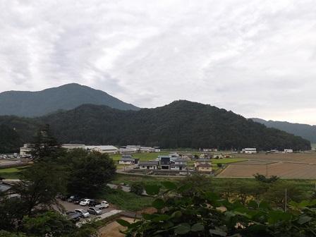 5大野城本丸から見た戌山城