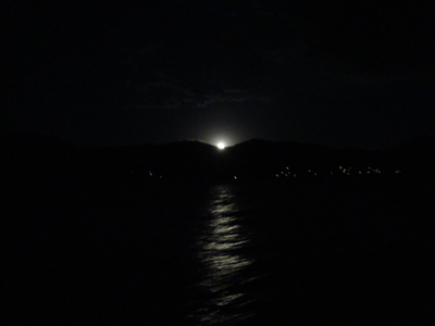月の出2.jpg