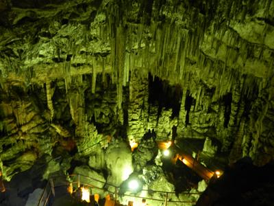 ディクテオン洞窟3.jpg