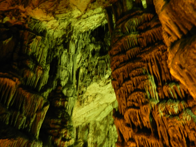 ディクテオン洞窟4.jpg