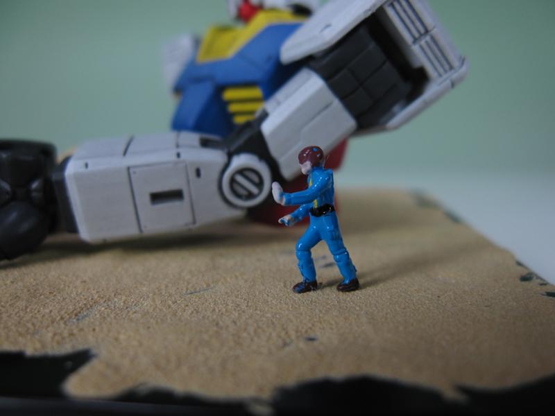 Gundam_Scene_00_01_03.jpg