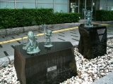 JR松江駅 はじめ人間ギャートルズ像