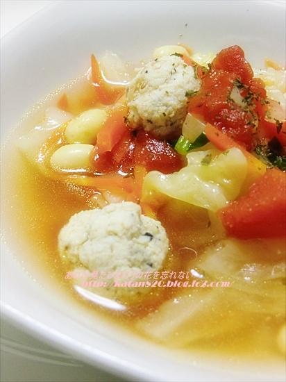 おから入り鶏つくねとキャベツトマトのスープ煮♪