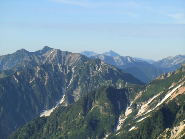 槍ヶ岳の穂先と穂高連峰が