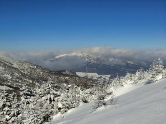 四阿山・根子岳は雲がとれない
