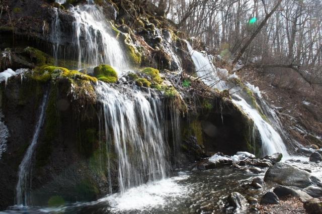 吐竜の滝-1