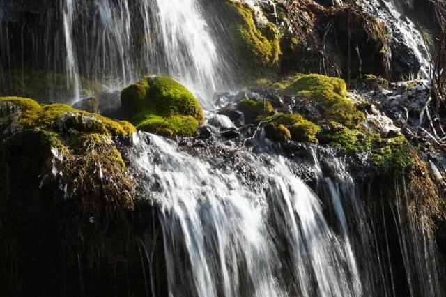 吐竜の滝-21